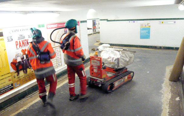 La mise en oeuvre des protections collectives et individuelles pour les travaux dans le métro parisien